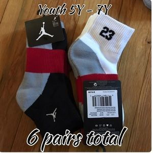 Youth Jordan socks